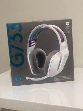 Audofonos logitech G733 inalambricos, microfono ligero, RGB