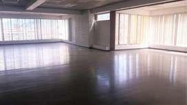 H/ Avenida Patria!  Amplia y hermosa oficina en venta!! 500m2 Invierta ya!