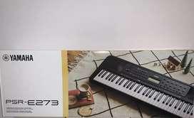 Organeta Yamaha PSR-E273