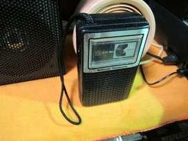 Radio NationalPanasonic  Modelo: R1027  Funciona OK
