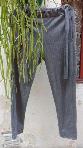 Pantalon Comfort Tiro alto