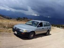Se vende station wagon en buenas condiciones de uso particular