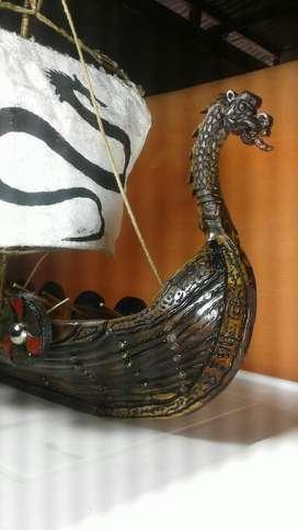 Barco Vikingo en Madera