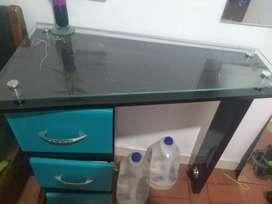 Venta de mesa de manicure