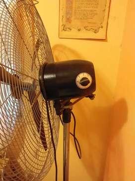 Vendo ventilador grande de 26 pulgadas