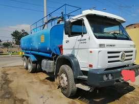 Vendo  camion  cinterna  de agua  5000 galones