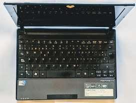 Portatil Acer ASPIRE ONE completamente Funcional