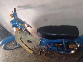 Moto Honda Eco Power 90.