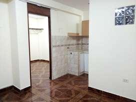 Surquillo alquilo mini departamento con un dormitorio segundo piso cerca al cruce de angamos y marzano