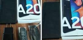 Samsung A20 como nuevo con su caja