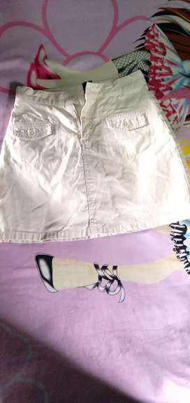 Vendo linda falda short