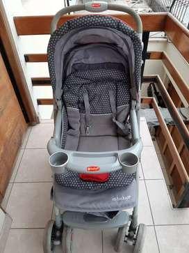 Venta coche para bebé semi nuevo