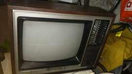 Tv antiguo Hitachi