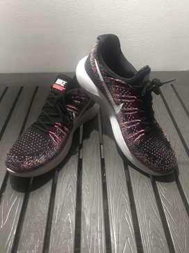 Zapatillas Nike ,9.5 ,129.900