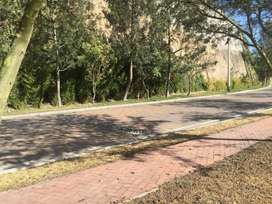Cumbaya Terreno Unifamiliar de Venta en Urb. Exclusiva. Linda vista
