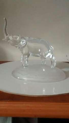 Elefante de Cristal Bohemio