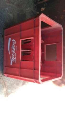 Cajon plastico para 12 Botellas de Coca Cola . Solo 1 unidad