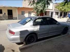 Venta de auto hyundai 2003