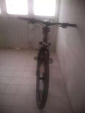 Bicicleta todo terreno 21 velocidades rin 29 talla M