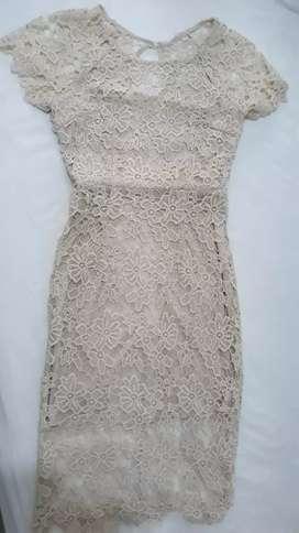 Vestido Dama Encaje Guipur color Beige