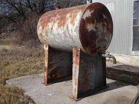 Vendo tanque de 1000 litros