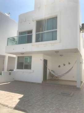 Casa en ciudadela privada y segura al pie del mar