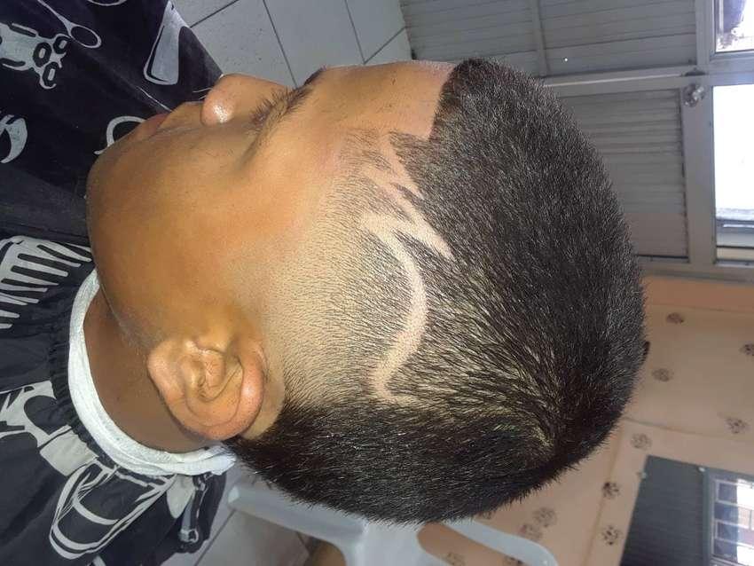 Se solicita barbero 0