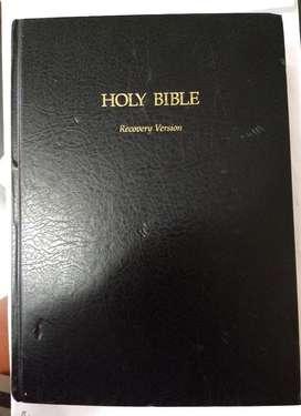 Biblia de Estudio en Ingles