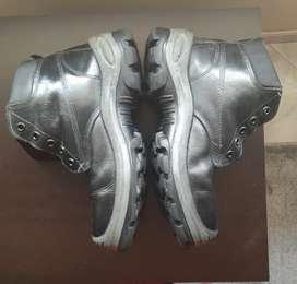 Botas punta de acero