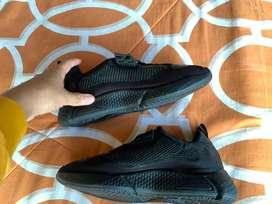 Zapatos deportivos $45