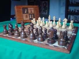 Excepcional Juego de ajedrez artesanal gigante de lujo