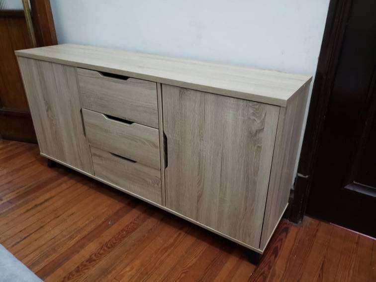 Comodas en color madera y blanco nuevo
