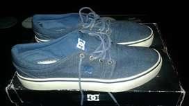 Zapatillas Dc hombre de lona buen estado talle 11 (44) segunda mano  Floresta, Capital Federal