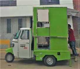MOTOCARRO PIAGGIO FOOD TRUCK