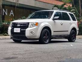 Ford Escape XLT 4WD FINANCIADA O DE CONTADO
