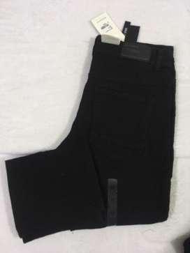Pantalon jeans basement slim fit negro