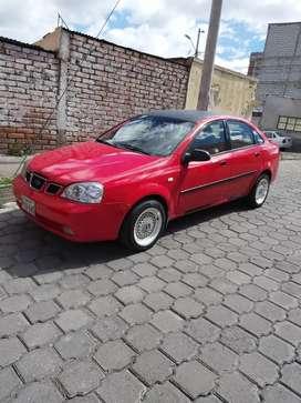 Vendo un Hermoso Chevrolet Optra año 2005 matricula al día 2019 factura JAMAS A SIDO TAXI