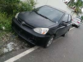Yaris 2004 NEGOCIABLE