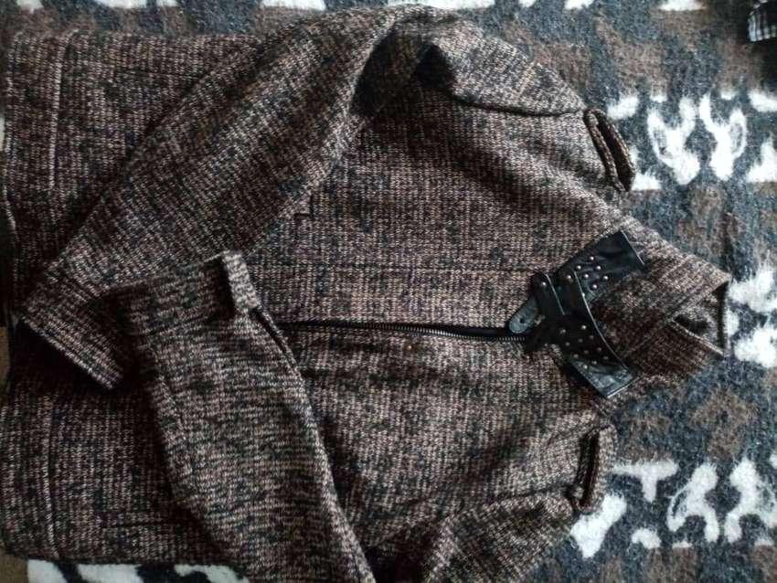 Vendo chaqueta Chevignon, casi nueva