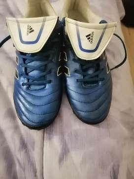 Vendo Adidas Originales Futbol Sala casi nuevos
