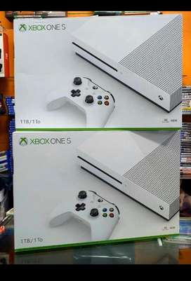 Xbox one s de 1 tb nueva sellada