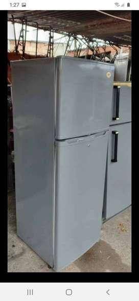 Arreglo de neveras nevecones congeladores refrigeradores vitrinas A domicilio reparamos lavadoras secadoras a gas torres