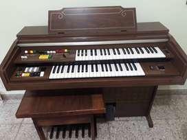Vendo Órgano Yamaha doble teclado y pedalera.
