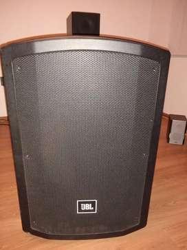 Parlante JBL de 15 pulgadas Bluetooth