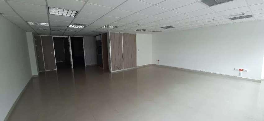 Vendo oficina 116 m2 en Parque Empresarial Colón Av Rodrigo Chavez norte Guayaquil 0