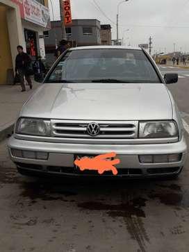 Volkswagen  vento buen estado dual gasolina/gnv