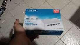 Switch TP - LINK (nuevo)