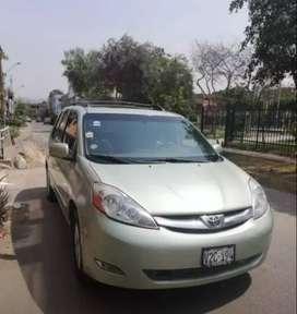 Vendo Minivan Sienna