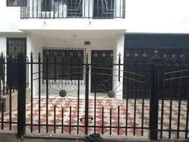Arriendo casa en Valledupar, calle 5 # 19- 75, por la clínica Erasmo.