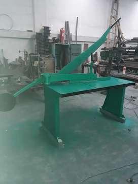 Dobladoras de Tool y Cortadoras , Roladoras y variedad de Maquinaria Industrial